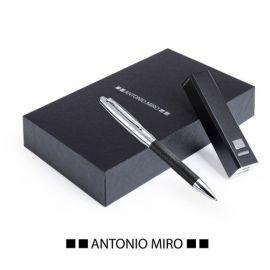 Set boligrafo y bateria externa Antonio Miró