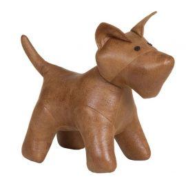 Perro polipiel marrón