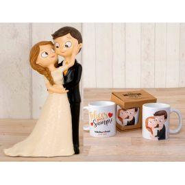 Figura novios tarta, 1 niño llevando la cola de novia y 1 niña con cesta pétalos