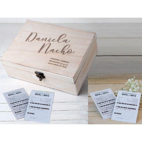 """Conjunto de caja madera personalizada con 25 tarjetas impresas """"Novi@s"""""""