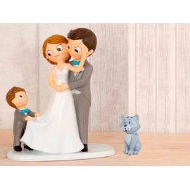 """Figura novios tarta con niño llevando la cola de novia y mascota """"Gato"""""""