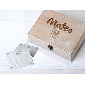 """Pack Comunión de cofre madera y 25 tarjetones para """" Mis Mejores deseos"""""""