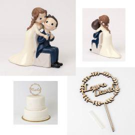 Pack especial bodas - Bonita y dulce figura tarta novios y cake tupper madera *Corona* con nombre de los novios
