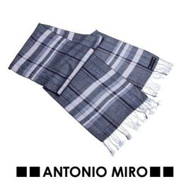 Bufanda Antonio Miró