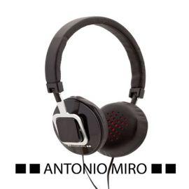 Auriculares Antoni Miró