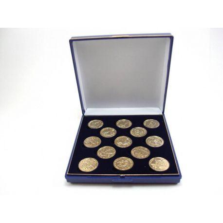 Juego arras doradas 22mm presentadas en elegante estuche