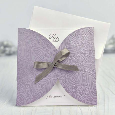 Invitacion Boda Sencilla Y Elegante Con Lazo En Color Gris Sobre - Fondo-invitacion-boda